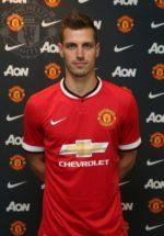 OFICIAL: Morgan Schneiderlin assina pelo Manchester United
