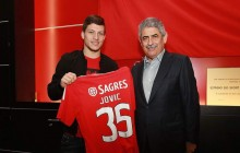OFICIAL: Benfica empresta Luka Jovic