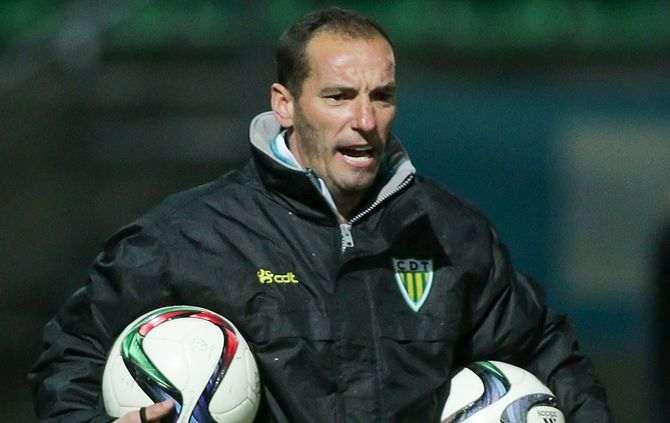 OFICIAL: Petit demite-se de treinador do Tondela