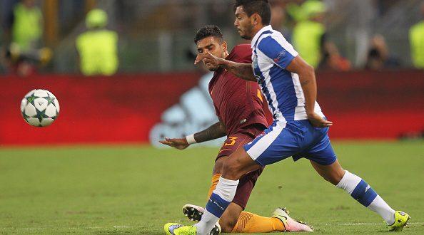 Corona e Adrián López fora da lista de Espírito Santo