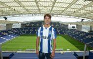 OFICIAL: Óliver Torres de regresso ao FC Porto