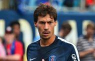 OFICIAL: Stambouli deixa PSG rumo ao Schalke 04