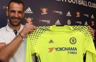 Eduardo renova com o Chelsea