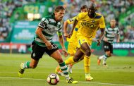 Leicester volta à carga por Adrien Silva