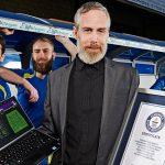 Jogador entra no Guinness após 154 épocas a jogar Football Manager 2010