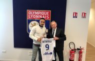 OFICIAL: Memphis Depay já é jogador do Lyon