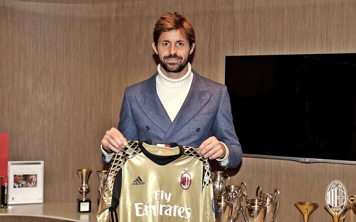 Marco Storari regressa ao AC Milan