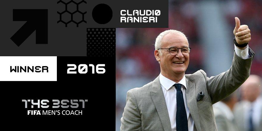 Claudio Ranieri vence o prémio de melhor treinador do ano