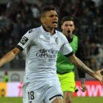OFICIAL: Soares reforça FC Porto