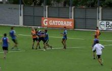 Jonathan Silva ao soco em treino do Boca Juniors