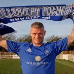 Paul Konchesky assina por clube da sétima divisão inglesa