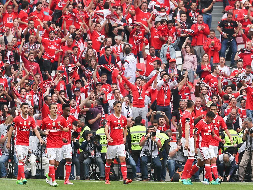 Benfica conquista inédito tetracampeonato
