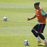 Bruno Alves a caminho do Rangers