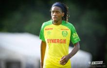Joris Kayembe sofre rotura do ligamento cruzado anterior do joelho