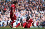 Avançado do Liverpool pára seis semanas