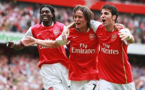 Adebayor muito crítico para com o Arsenal