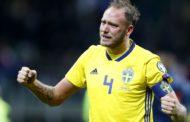 Granqvist recebe prémio de melhor jogador sueco
