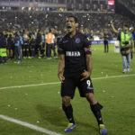 "José Sand o ""cornudo"" mete Lanús na final da Taça Libertadores"
