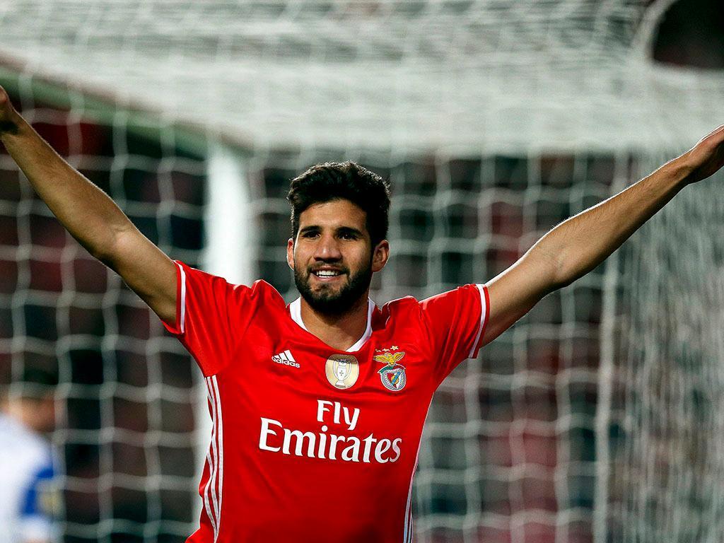 Lisandro López perto de rumar ao Inter