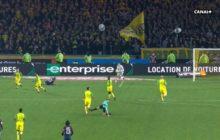 VÍDEO: Árbitro tenta agredir jogador antes de o expulsar