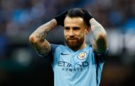 OFICIAL: Otamendi renova pelo Manchester City