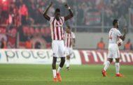 Cissé volta a ser associado ao Benfica