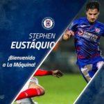 Cruz Azul oficializa Stephen Eustáquio