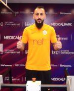 OFICIAL: Kostas Mitroglou apresentado como reforço do Galatasaray