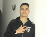 """Entrevista a Guilherme Souza – """"No meu bairro chamavam-me Neymarzinho"""""""