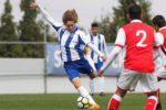 """Clubes da Bundesliga preparam """"ataque"""" a pérola da formação do FC Porto"""