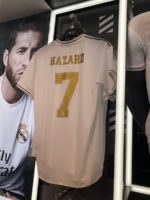 OFICIAL: Hazard assina pelo Real Madrid