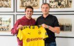 Borussia Dortmund contrata defesa Mateu Morey