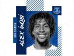 OFICIAL: Iwobi troca Arsenal pelo Everton