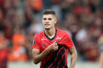 Bruno Guimarães desperta o interesse do FC Porto e Benfica