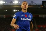 Richarlison renova com o Everton