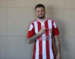 OFICIAL: Claudemir assina pelo Sivasspor