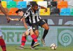 OFICIAL: Marvin Zeegelaar regressa em definitivo à Udinese