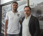 OFICIAL: Vitória de Guimarães contrata Lyle Foster ao Mónaco