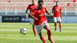 Chris Willock sai do Benfica e ruma ao Championship