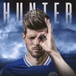 OFICIAL: Klaas-Jan Huntelaar regressa ao Schalke 04